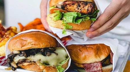 East Bay burger chain to donate portion of sales to Afghanistan refugee relieffund