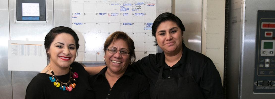 Mexican food vendor El Pípila receives city's 3rd women's entrepreneurship grant