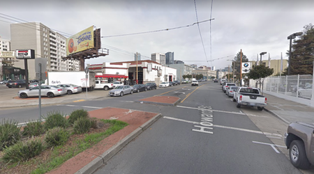 Cyclist killed in crosswalk collision at Howard & South Van Ness [Updated]