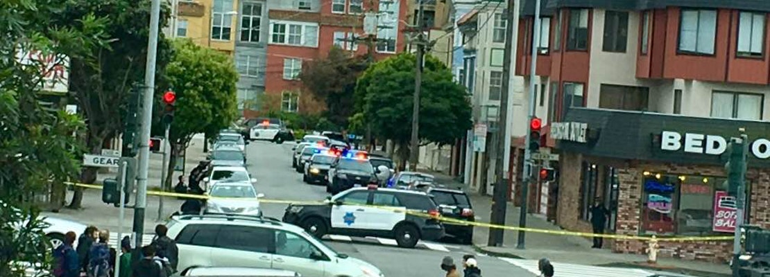 Police Standoff Reported At Geary & Collins [Updated]