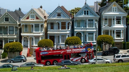 Stanley Roberts: Tour Buses Driving Past Alamo Square Are Behaving Badly