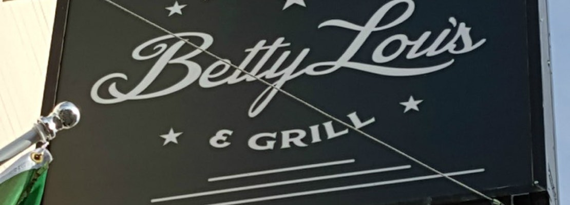 Betty Lou's Seafood & Grill Debuts In Former Viva Pizza Location