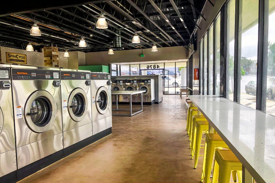 New Talmadge Laundromat Spincycle Laundry Lounge Opens Its Doors