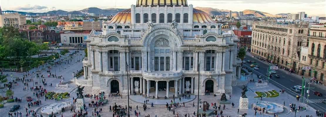 How to travel from Chicago to Mexico City on the cheap