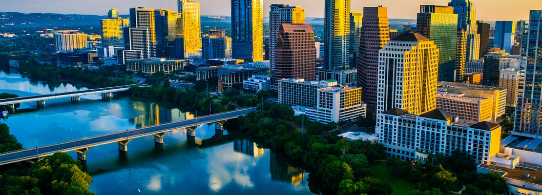 How to travel from Oakland to Austin on the cheap