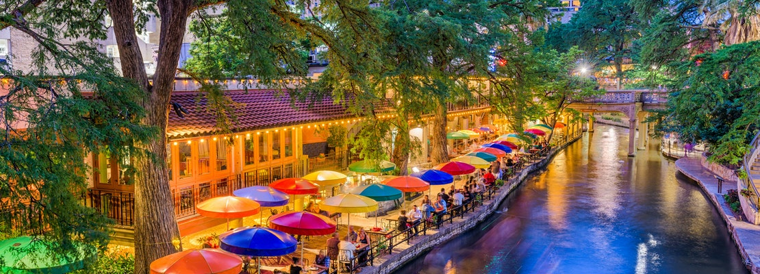How to travel from New Orleans to San Antonio on the cheap