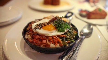 Check out the 5 most popular spots in Honolulu's Kaimuki neighborhood