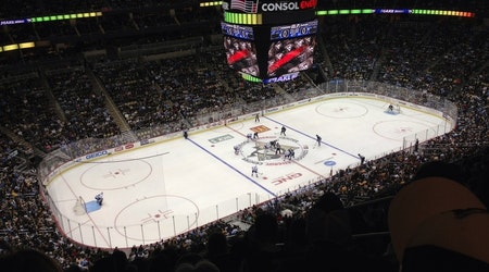 Top Pittsburgh sports news: Penguins keep goalie Tristan Jarry, place Casey DeSmith on waivers; more