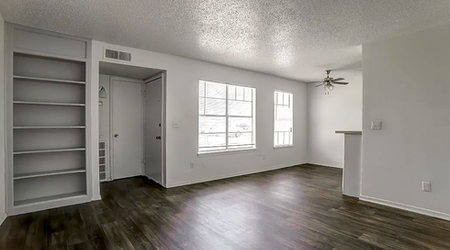 Renting in Oklahoma City: What's the cheapest apartment available right now?