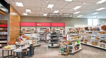 Target debuts new location in Albany Commons