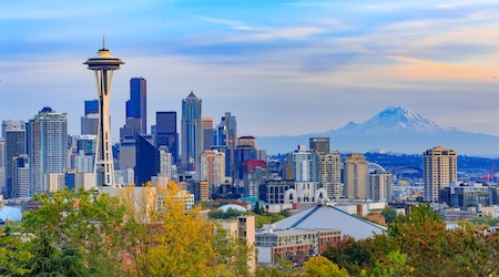 How to travel from El Paso to Seattle on the cheap