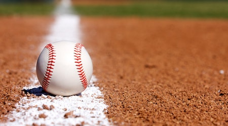 Crossroads Roadrunners outrun by Windward varsity baseball Wildcats in close encounter