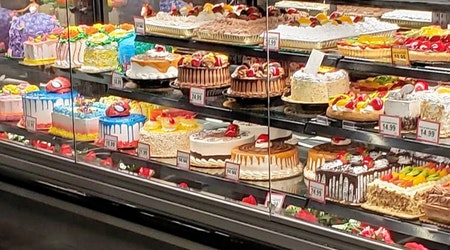 New Rose grocery store Cardenas Markets opens its doors