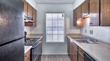 Apartments for rent in El Paso: What will $800 get you?
