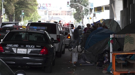 City begins clearing Northgate Avenue homeless encampment