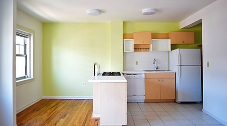The cheapest apartments for rent in Central Hyde Park, Kansas City