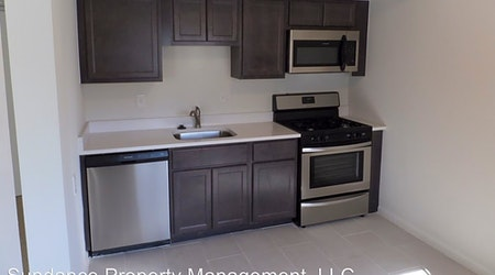 What apartments will $800 rent you in Walnut Hills, today?