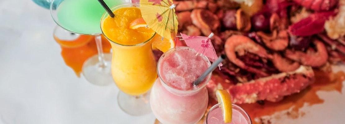 New Northeast Airport Cajun/Creole spot Hook & Reel Cajun Seafood & Bar opens its doors