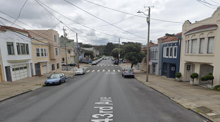 72-year-old woman struck by driver in the Outer Richmond, in life-threatening condition