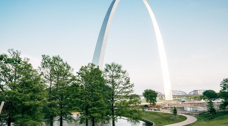 Top St. Louis news: Coronavirus patient's family not told to quarantine: lawyer; ticket glitch; more