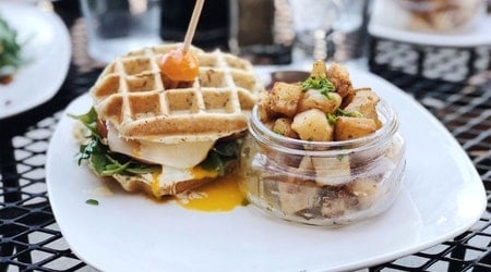Your guide to the 4 top spots in Sacramento's Village 5 neighborhood