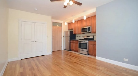 The cheapest apartments for rent in Ravenswood, Chicago