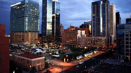 Top Phoenix news: Downtown restaurant suffers from reduced business; 2 dead in shootings; more