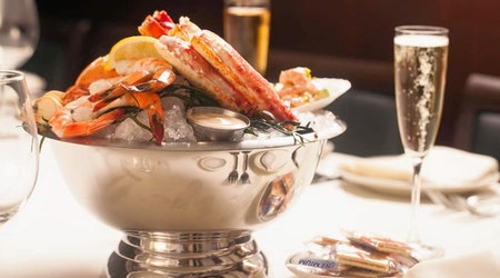 Washington's 4 favorite spots to indulge in seafood