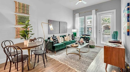 Apartments for rent in Orlando: What will $2,400 get you?