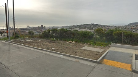 2 killed, 1 hospitalized after SUV goes over cliff in Potrero Hill