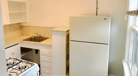 Budget apartments for rent in Buckman, Portland