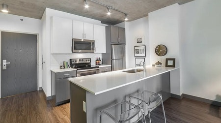 Apartments for rent in Chicago: What will $2,700 get you?