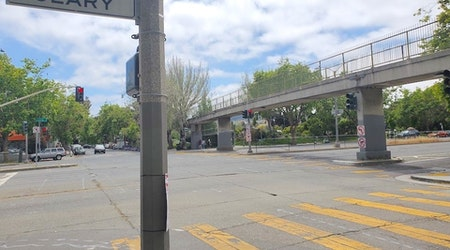 Geary & Steiner pedestrian bridge to be demolished later this month