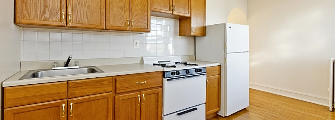 Budget apartments for rent in Cragin, Chicago