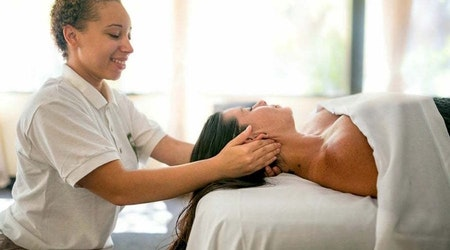 Santa Ana's 3 best budget-friendly massage parlors