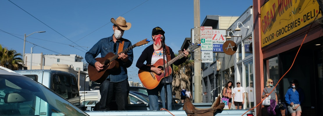 Bars bring live music to San Francisco's streets with socially distanced concerts