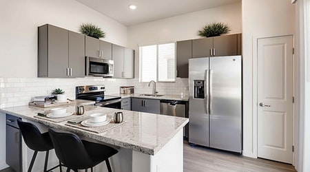 What apartments will $1,500 rent you in Deer Valley, right now?