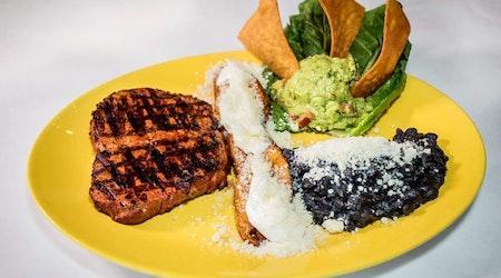 New Irving Park Mexican spot Mis Moles Restaurant opens its doors