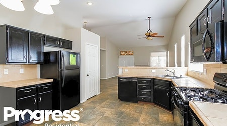 Apartments for rent in Las Vegas: What will $1,800 get you?