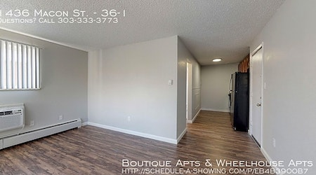 Apartments for rent in Aurora: What will $900 get you?