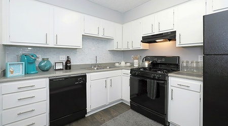 What apartments will $1,500 rent you in Parker Lane, today?