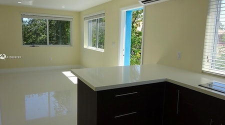 Budget apartments for rent in Flagami, Miami