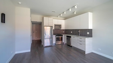 The most affordable apartments for rent in Old Town, Chicago