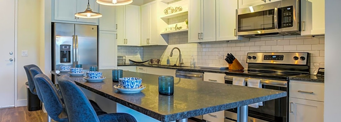Apartments for rent in Orlando: What will $2,000 get you?