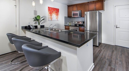 Apartments for rent in Anaheim: What will $2,100 get you?