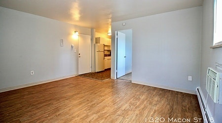 Apartments for rent in Aurora: What will $1,000 get you?