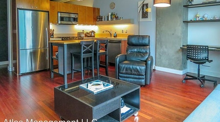 The cheapest apartments for rent in Goose Hollow, Portland