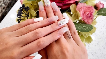 Oak Lawn gets a new nail salon: Luxe Nails On Lemmon