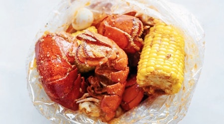 Find seafood and more at Valley High-North Laguna's new Crab N Spice