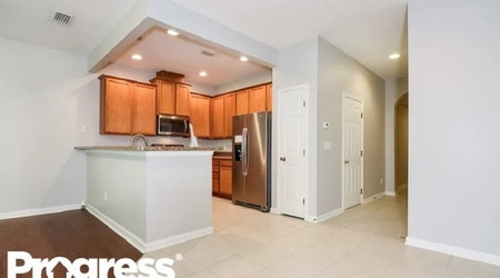 The cheapest apartments for rent in Del Rio, Jacksonville